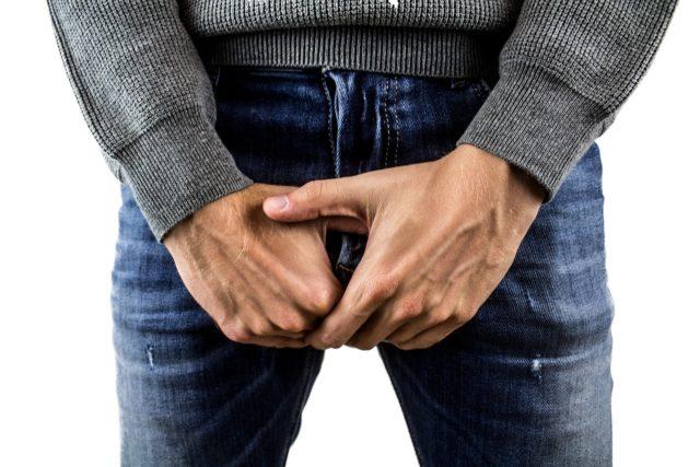 https://www.journaldugeek.com/2019/08/06/jelqing-arretez-de-tirer-sur-votre-penis-pour-agrandir-ca-ne-fonctionne-pas-et-dangereux/